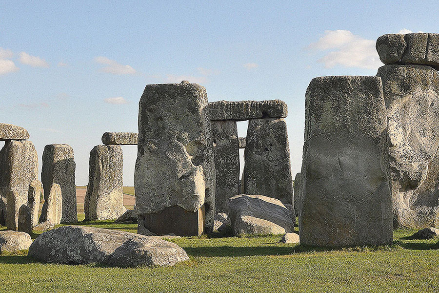 Stonehenge by Jim Bowen